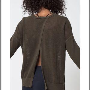 Split back beach sweater